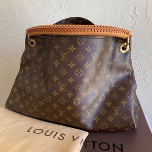 🌺Louis Vuitton Artsy MM
